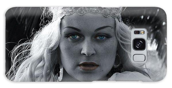 Pretty Blue Eyes Galaxy Case