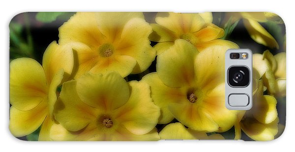 Pretty Yellow Primrose Galaxy Case