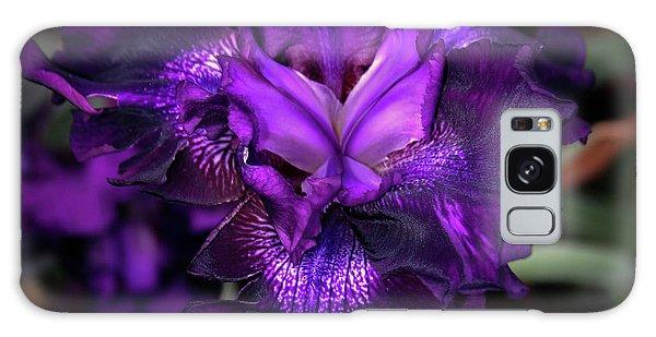 Purple Iris 5994 H_2 Galaxy Case