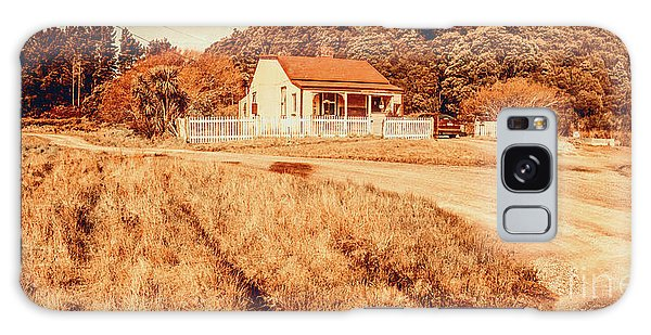 Cottage Galaxy Case - Quaint Country Cottage by Jorgo Photography - Wall Art Gallery
