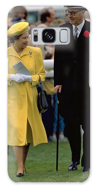 Queen Elizabeth Inspects The Horses Galaxy Case