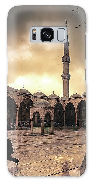 Rain At The Blue Mosque Galaxy Case