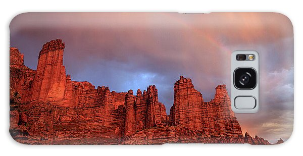 Rainbow In Virga Over Fisher Towers Galaxy Case