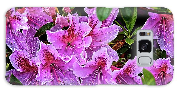 Raindrops, Magenta Lilies  Galaxy Case