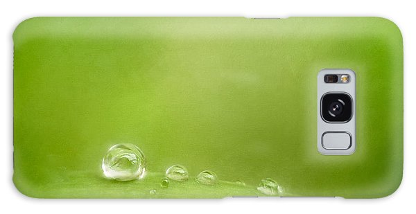 Impression Galaxy Case - Raindrops On Green by Scott Norris