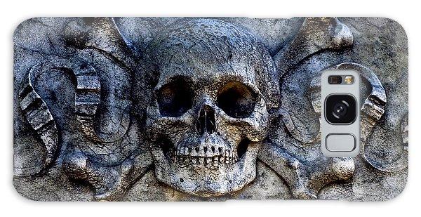 Recoleta Skull Galaxy Case