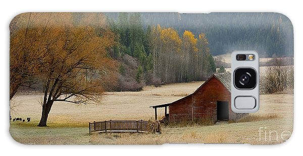 Red Barn In Autumn Galaxy Case