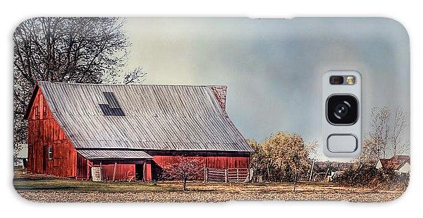 Red Barn In Late Fall Galaxy Case
