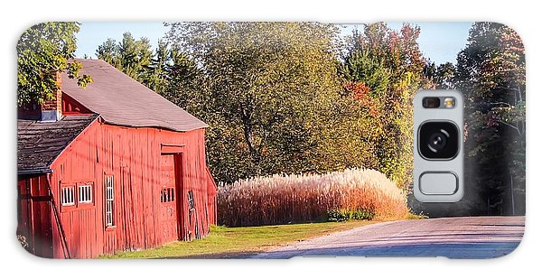Red Barn In The Country Galaxy Case