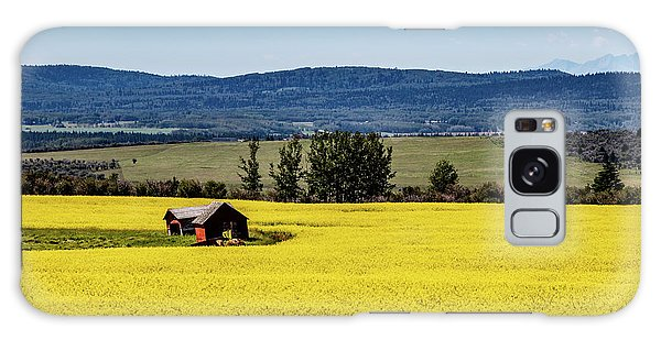 Red Barns In A Sea Of Canola Galaxy Case