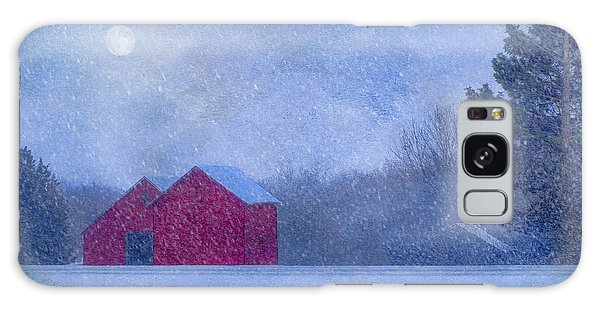 Red Barns In The Moonlight Galaxy Case by Nikolyn McDonald