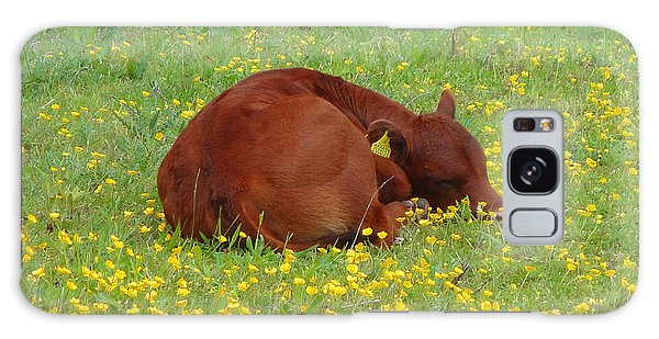 Red Calf In The Buttercup Meadow Galaxy Case