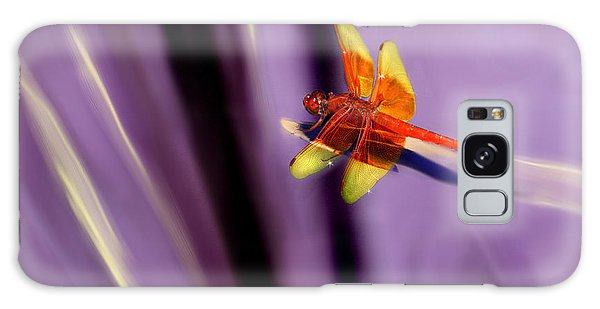 Red Dragonfly On Purple Background Galaxy Case