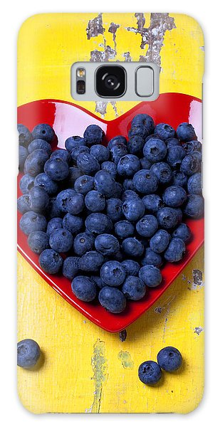 Red Heart Plate With Blueberries Galaxy Case