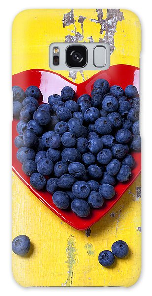 Yellow Galaxy Case - Red Heart Plate With Blueberries by Garry Gay