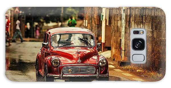Red Retromobile. Morris Minor Galaxy Case