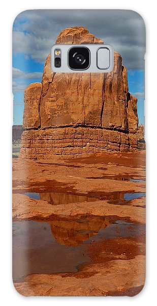 Red Rock Reflection Galaxy Case