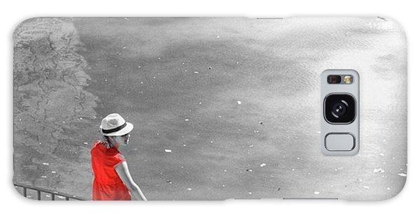 London Galaxy Case - Red Shirt, Black Swanla Seu, Palma De by John Edwards
