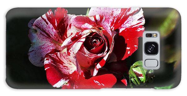 Red Verigated Rose Galaxy Case