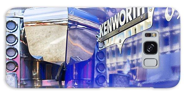 Reflecting On A Kenworth Galaxy Case