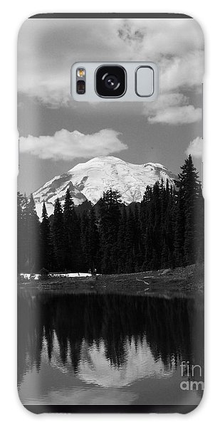 Mt. Rainier Reflection In Black And White Galaxy Case