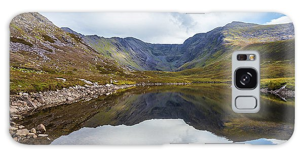Reflection Of Macgillycuddy's Reeks And Carrauntoohil In Lough E Galaxy Case by Semmick Photo