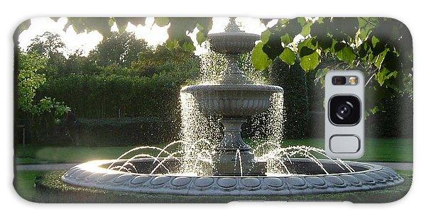 Regents Park Fountain Galaxy Case