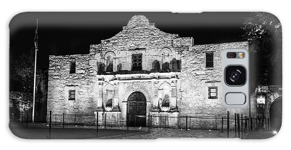 Remembering The Alamo - Black And White Galaxy Case