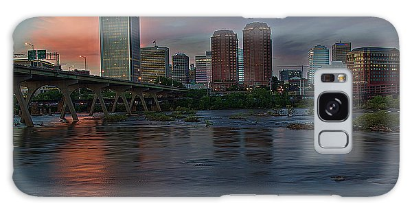 Richmond Dusk Skyline Galaxy Case