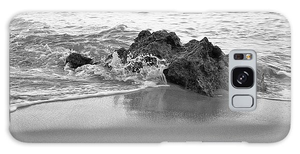 Rock And Waves In Albandeira Beach. Monochrome Galaxy Case by Angelo DeVal