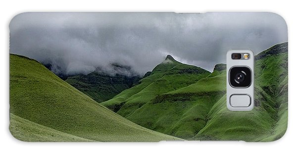 Rolling Green Drakensberg Mountains Galaxy Case