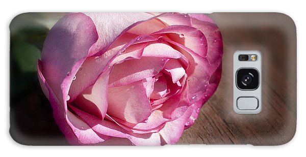 Rose On Wood Galaxy Case