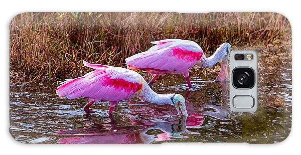Roseate Spoonbills Swishing For Food Galaxy Case