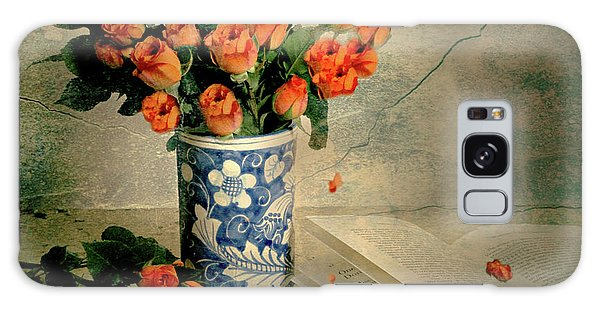 Vase Of Flowers Galaxy Case - Roses And Read by Diana Angstadt