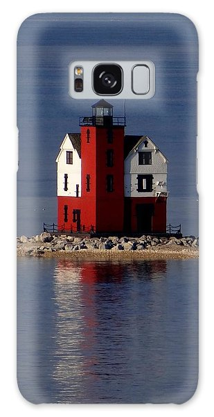 Round Island Lighthouse In The Morning Galaxy Case