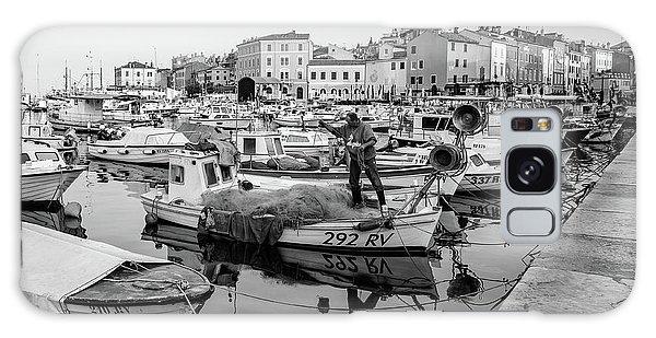 Rovinj Fisherman Working In Old Town Harbor - Rovinj, Istria, Croatia Galaxy Case