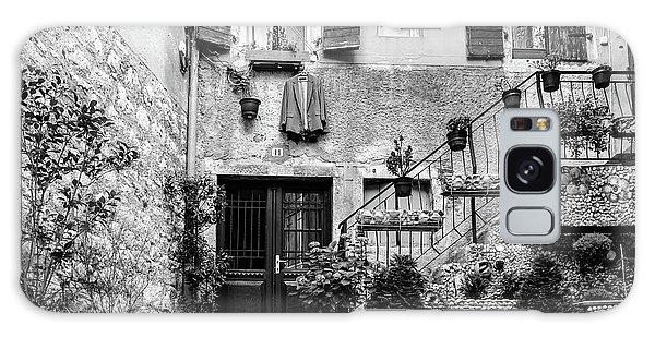 Rovinj Old Town Courtyard In Black And White, Rovinj Croatia Galaxy Case