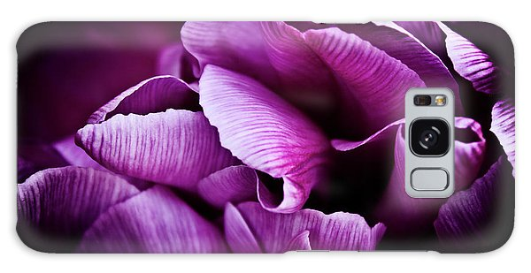 Ruffled Edge Tulips Galaxy Case