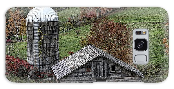 Rupert Mountain Face Barn Galaxy Case