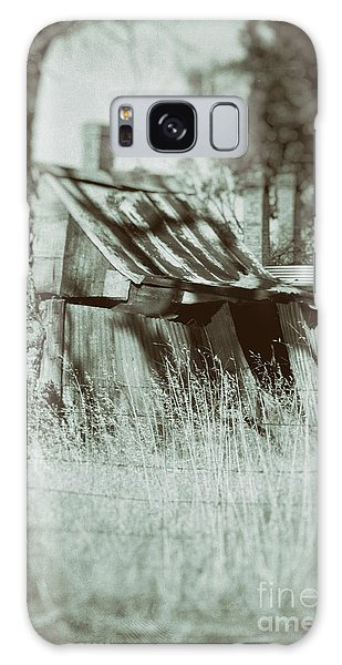 Galaxy Case featuring the photograph Rural Reminiscence by Linda Lees