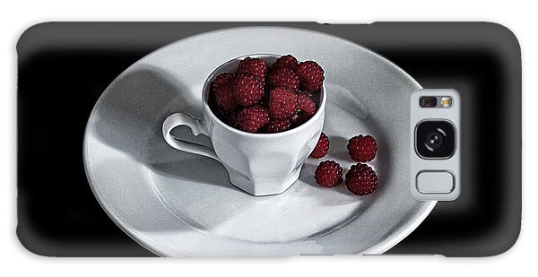 Ruspberries In The Cup - Livid Still-life Galaxy Case