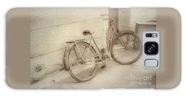 Rusty Bicycle Galaxy Case