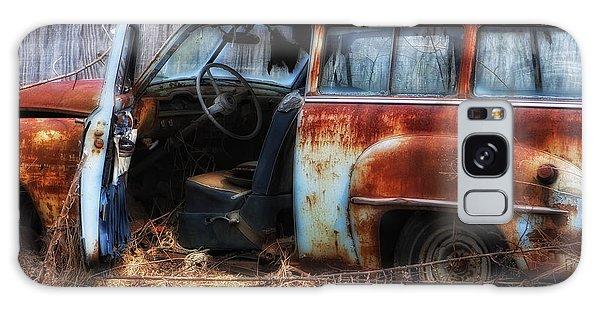 Rusty Station Wagon Galaxy Case
