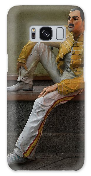 Sculptures Of Sankt Petersburg - Freddie Mercury Galaxy Case