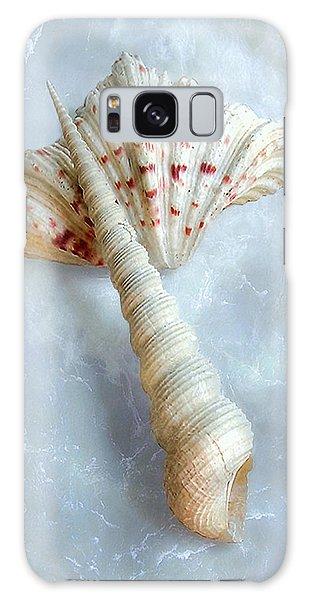 Seashells #2  Galaxy Case by Louise Kumpf