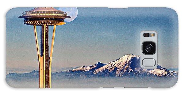 Seattle Needle At Moonrise Galaxy Case