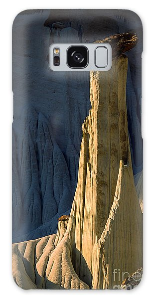 Desert View Tower Galaxy Case - Silent Ghost by Inge Johnsson