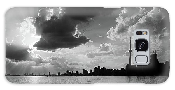 Silhouette Cn Tower Galaxy Case