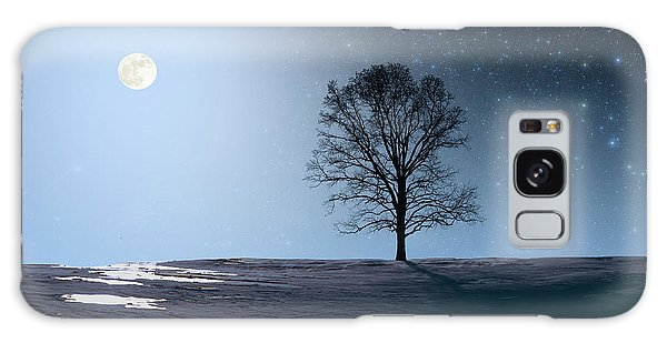 Single Tree In Moonlight Galaxy Case