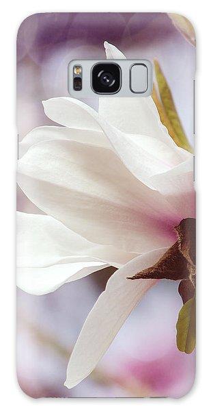 Single White Magnolia Galaxy Case